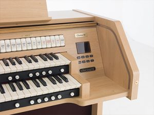 Viscount Chorum 60 Organ